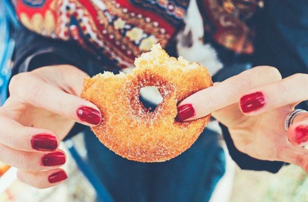 น้ำตาล ทำร้ายร่างกายเราได้อย่างไร