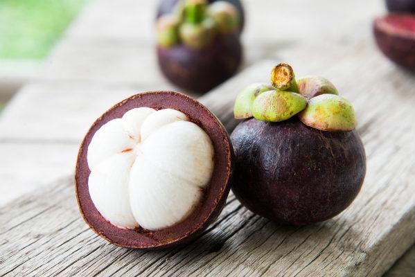 มังคุด ราชินีผลไม้ที่สายสุขภาพไม่ควรมองข้ามด้วยประโยชน์ดี ๆ มากมาย