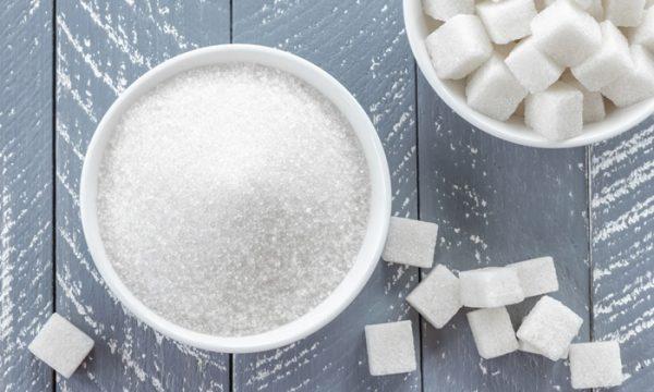 น้ำตาล หรือเกลือกันแน่ที่เป็นตัวทำลายสุขภาพของใครหลาย ๆ คน